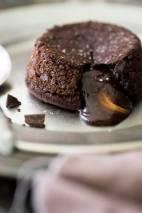 chocolate-lava-cake-photograph